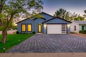 Arizona Real Estate -Front of Home 18th Place